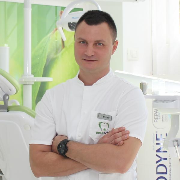 Dr Miloš Potić